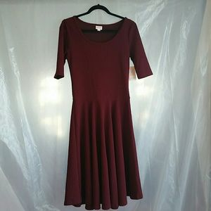 Lularoe maroon nicole dress size med